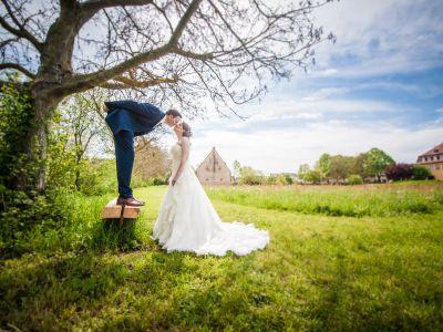 Hochzeits- Fotoshooting im Park von Schloss Massenbach