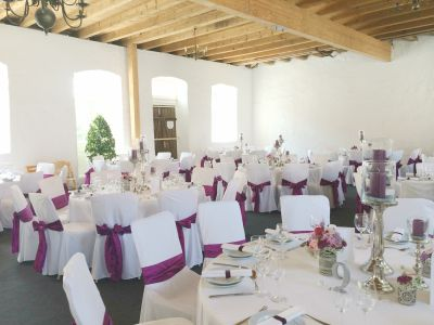 gedecktes Essen Hochzeit im Nordflügel Schloss Massenbach