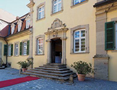 Hauptportal Schloss Massenbach