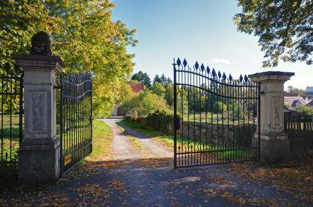 Zufahrt Zehntscheune Schloss Massenbach